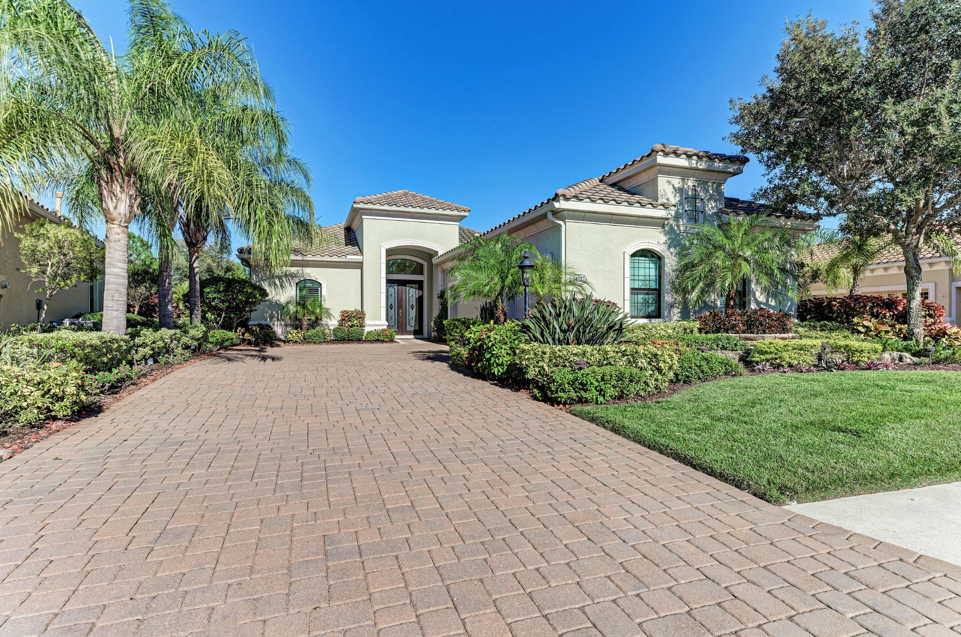 Lakewood Ranch  Home, FL Real Estate Listing