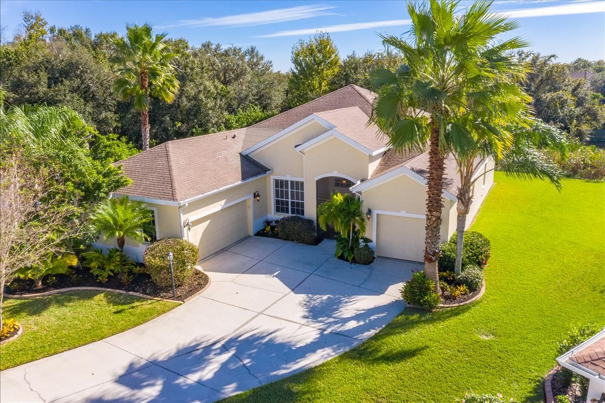 Parrish  Home, FL Real Estate Listing