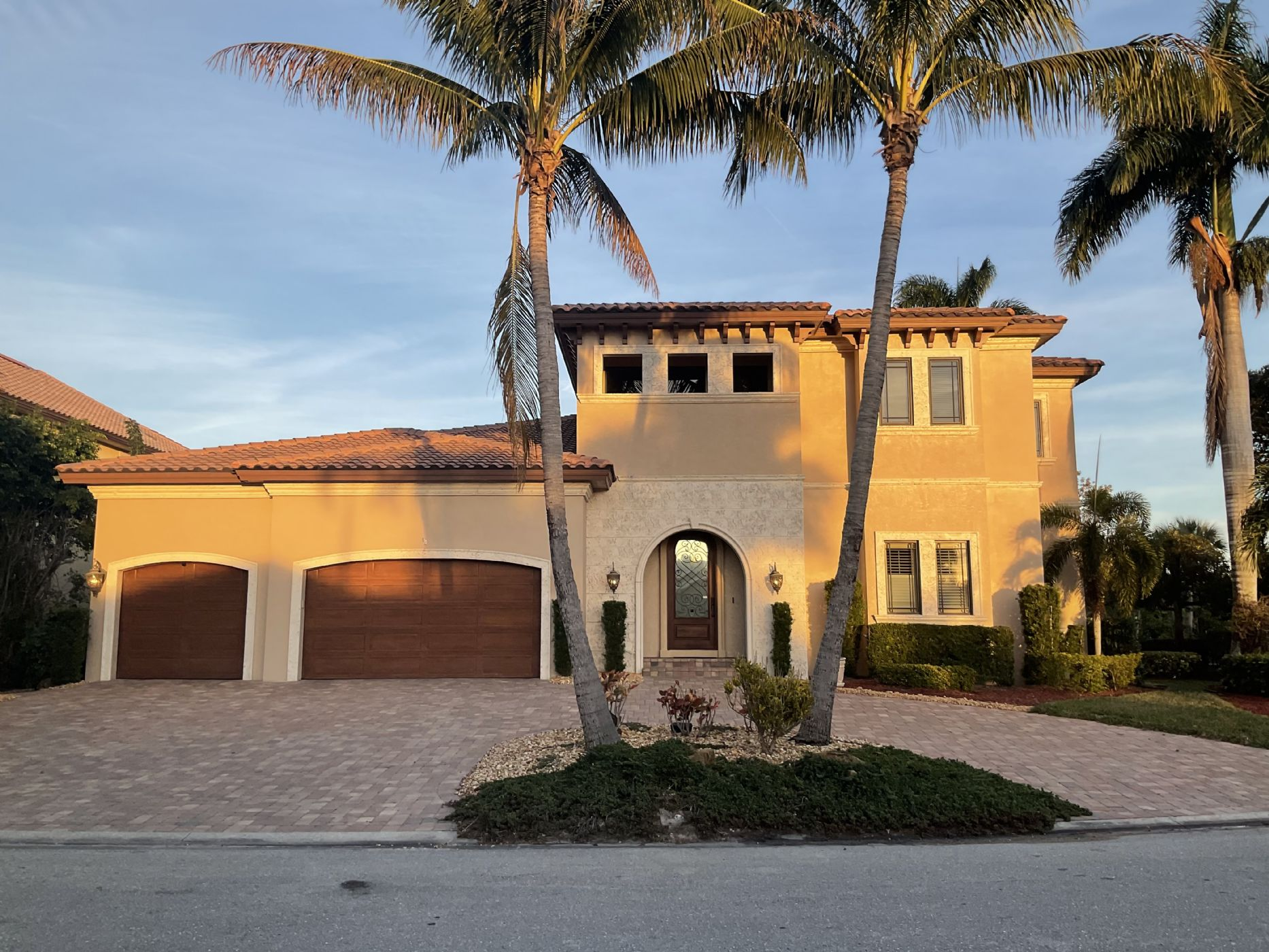 Fort Myers  Home, FL Real Estate Listing